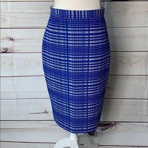 Banana Republic • satin weave plaid pencil skirt